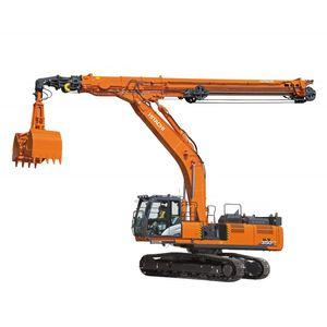 telescopic arm excavator