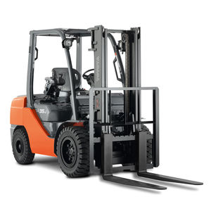 counterbalanced forklift / LPG / ride-on / industrial
