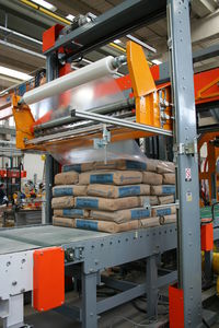 packaging line for the cement industry