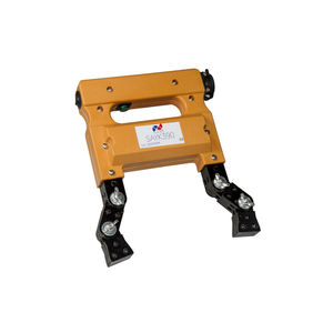 magnetic flaw detector