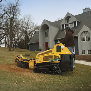 crawler stump grinder