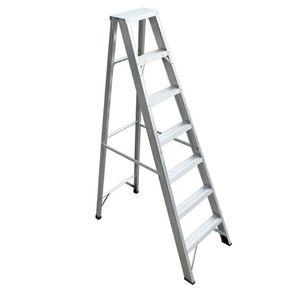 fixed step ladder