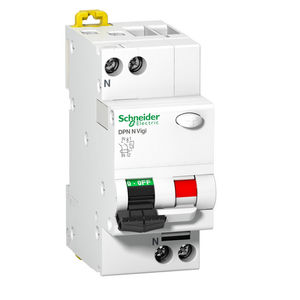 voltage residual current circuit breaker
