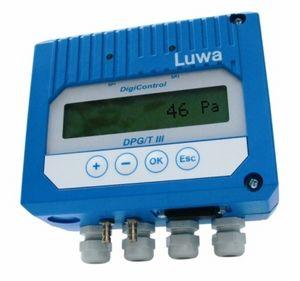 pressure transmitter with digital display