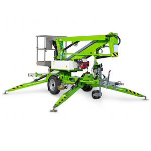 trailer-mounted telescopic boom lift