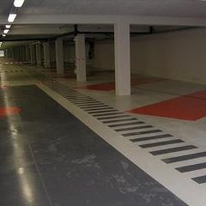 anti-slip paint / liquid / polyurethane / for floor coverings