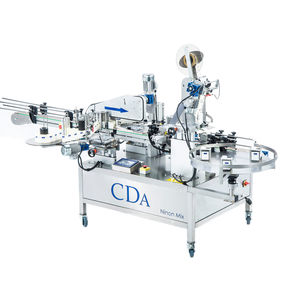 automatic labeler / for self-adhesive labels / for chemicals / for bottles