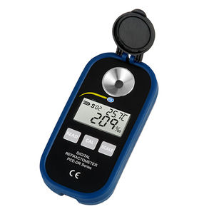 digital refractometer / portable / high-accuracy / industrial