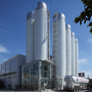 silo with vibrating bottom / bulk / mild steel