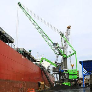 mobile crane / boom / lattice / harbor