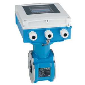 electromagnetic flow meter / for water / for wastewater / digital