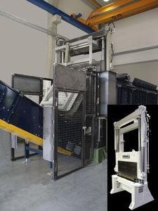 hydraulic shear / for plastics / guillotine