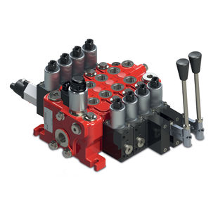 spool hydraulic directional control valve / lever-operated / sectional / modular