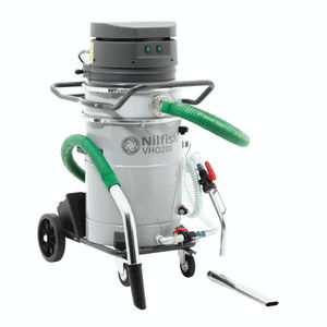 oil and chip vacuum cleaner