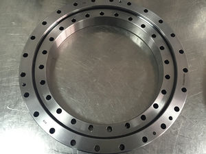 slewing ring without teeth / crossed roller / single-row / for public works, excavators and cranes
