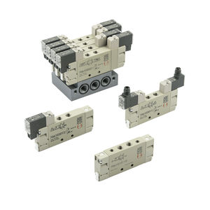 spool pneumatic directional control valve / solenoid-operated / pneumatically-operated / 5/2-way