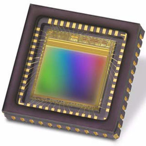 CMOS image sensor / NIR / full-color / monochrome