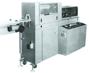 automatic flanging machine / cup