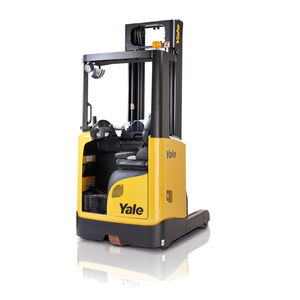 battery-powered reach truck / side-facing seated / narrow-aisle / for warehouses