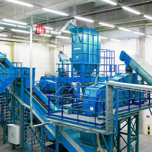 refrigerator recycling plant / single-step
