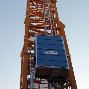 column type goods lift