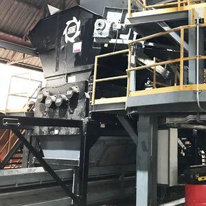 four-shaft shredder