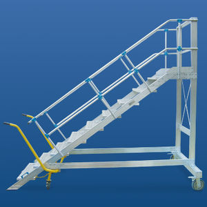 wheeled step ladder