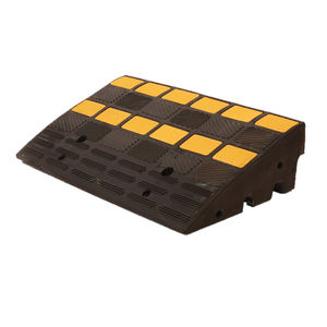 vehicle ramp / portable / rubber