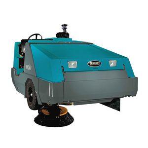 ride-on sweeper / diesel / outdoor