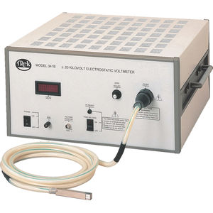 LCD voltmeter / digital / portable / DC