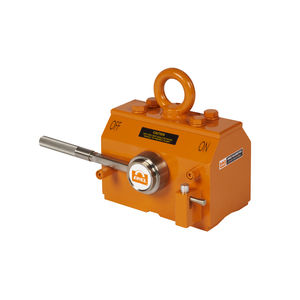 manually switched permanent lifting magnet