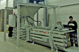 horizontal baling press / front-loading / for paper / for cardboard boxes