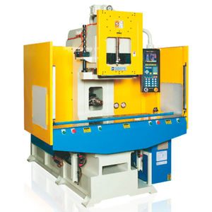 horizontal injection molding machine / hydraulic / electric and hydraulic / for PVC