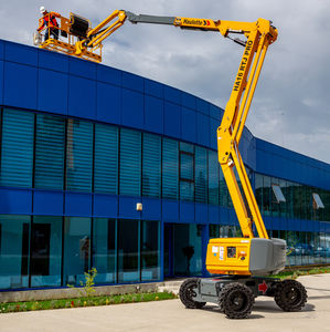 mobile articulated boom lift