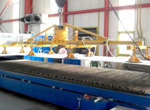 sheet metal vacuum lifting device