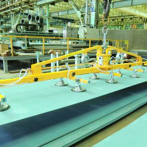 metal sheet vacuum lifting device / for heavy loads / horizontal