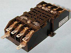 square-based relay socket