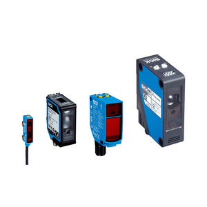 long-range photoelectric sensor / with background suppression / rectangular / laser