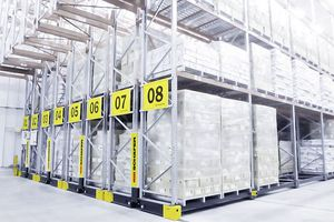 mobile shelving / pallet / for heavy loads / for long items
