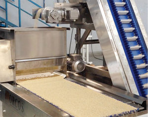 food product hopper / nut / with belt conveyor / for powder coating