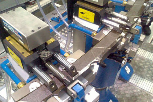 universal clamping fixture