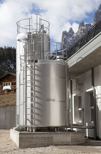 storage tank / for milk / stainless steel / cylindrical