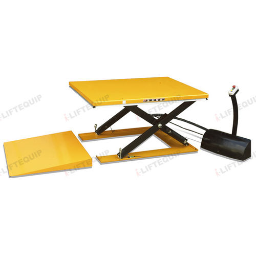 scissor lift table / electric / stationary / for heavy loads