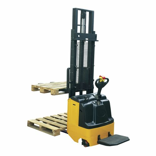 electric stacker truck / stand-on / double-pallet