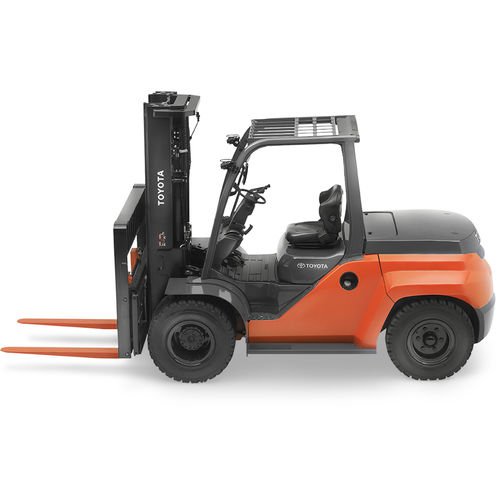 combustion engine forklift / ride-on / outdoor / handling