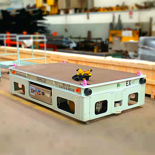 battery-powered self-propelled trailer