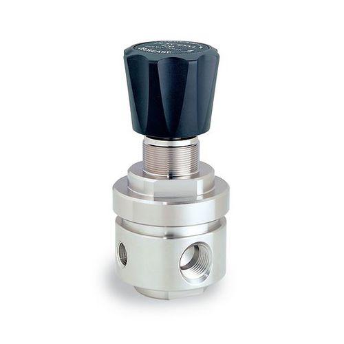 gas pressure regulator and reducer