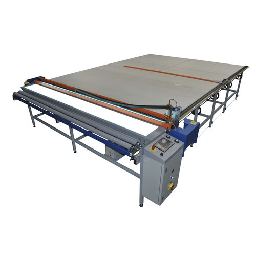 fabric cutting table / for blinds