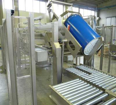 bag emptying system