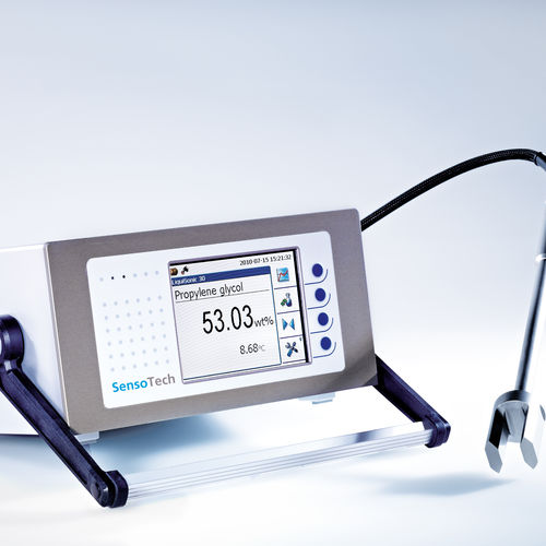 liquid analyzer / concentration / portable / laboratory